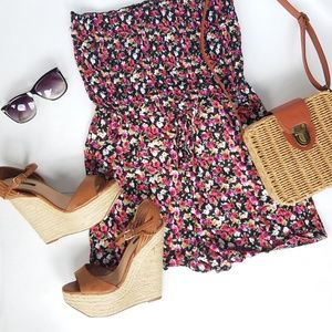Other - NWT FLORAL ROMPER